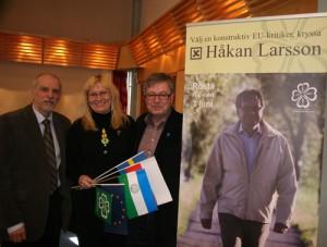 Bernt Söderman, Bogna Adolfsson och jag laddar inför valet till Europaparlamentet.